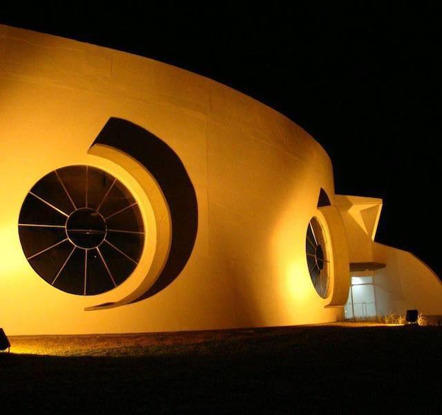 Casa do Povo – por Oscar Niemeyer